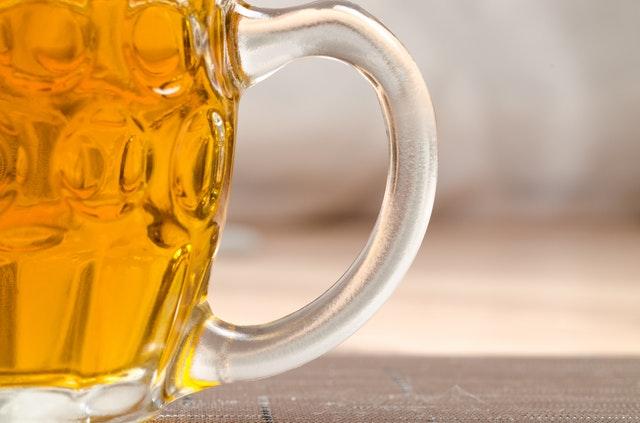 Stammtisch Bierglas Biergarten