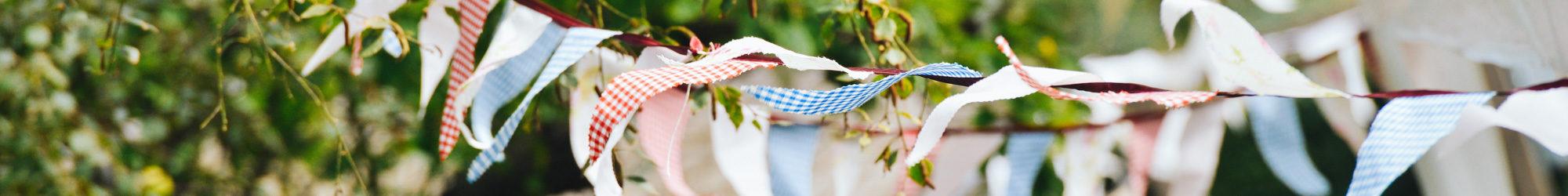 Party-Fähnchen im Wind - Familien und Umweltfest Burscheid