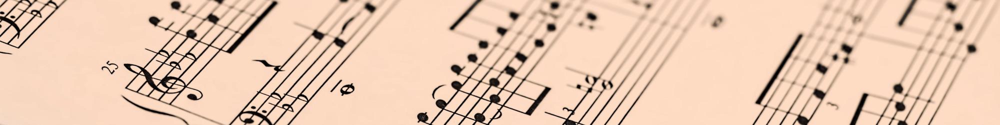 Musik - Noten auf rosa Papier